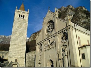 2499_gemona_del_friuli_il_duomo_di_santa_maria_assunta