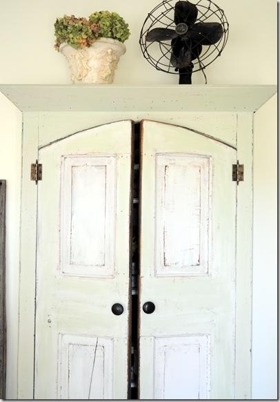 cabinet with fan