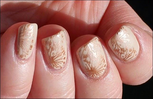 Elegantes Nude Nail Art Design mattiert 5