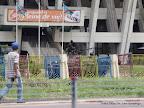 Devant le stade des martyrs le 23/12/2011 à Kinshasa. Radio Okapi/ph. John Bompengo