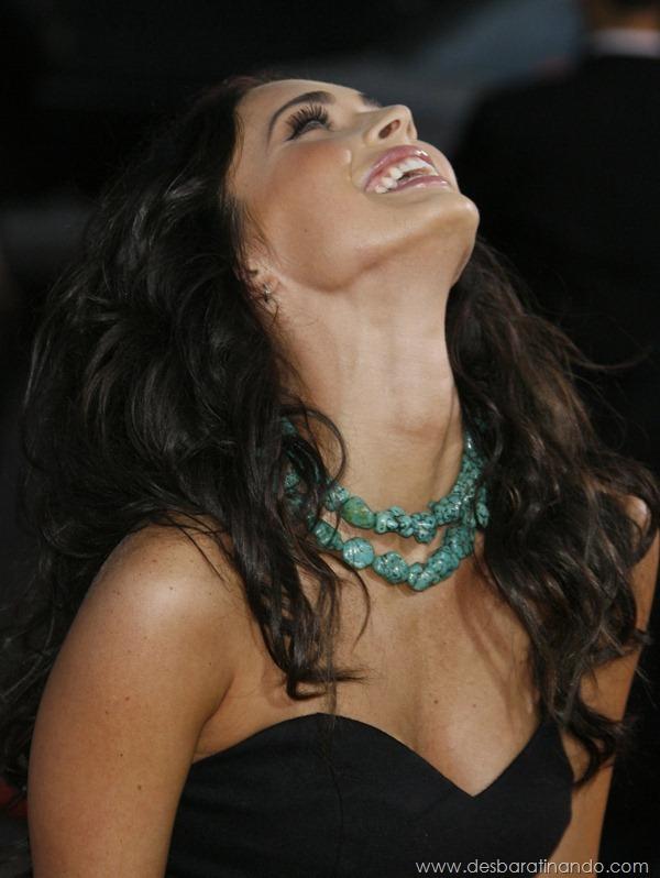 megan-fox-linda-sensual-sexy-sedutora-gostosa-pics-picture-fotos-foto-photos-vestido-saia-salto-lingerie-boobs-decote-sexta-proibida-desbaratinando (290)