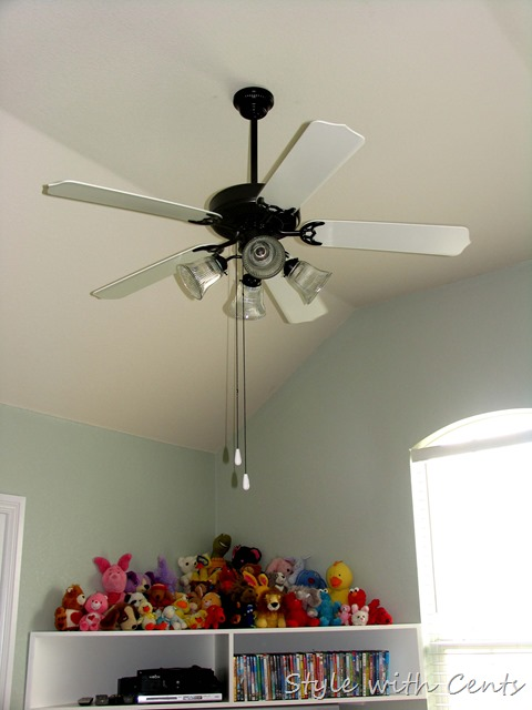 Creating an Inexpensive Playroom from Style with Cents www.stylewithcents.blogspot.com 4