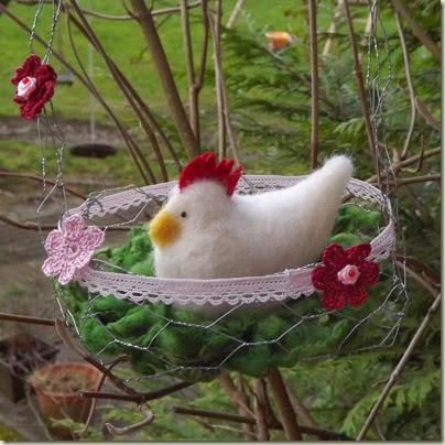 Sabines Bastelstube: Körbchen für Huhn