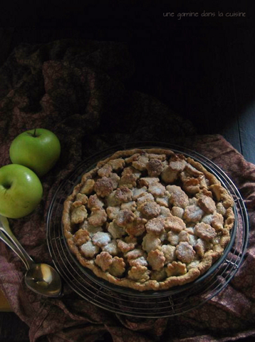 apple pie with goat cheese