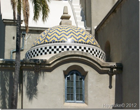 California tiled roofBuilding