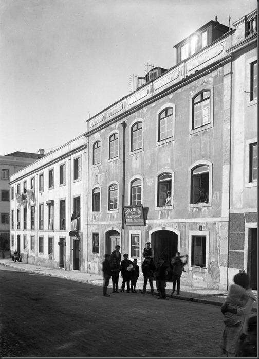 Escola na Rua das Praças