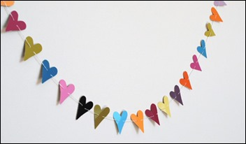 decoration-paper-punch-heart-garland-1