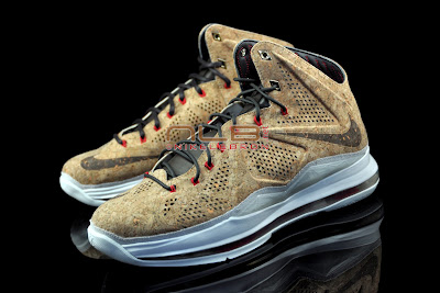 lebron10 nsw cork 27 web black The Showcase: NIKE LEBRON X Cork World Champions Shoes