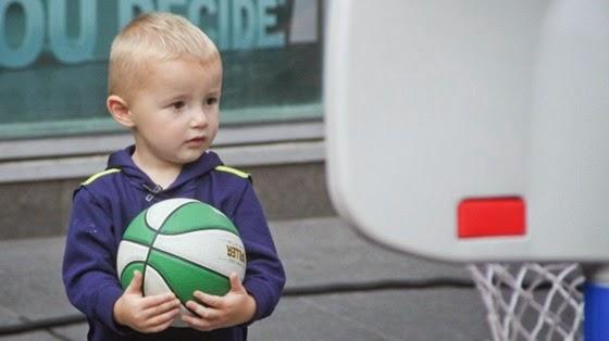 Тит - двухлетний покоритель баскетбольных корзин!