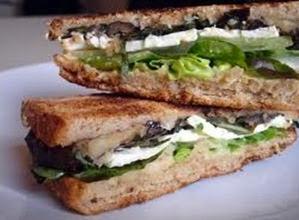 sanduiche de berinjela