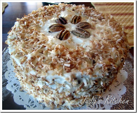 Judy's Kitchen: COCONUT OIL-RUM RAISIN CARROT CAKE WITH COCONUT OIL ...