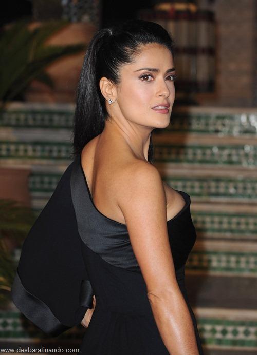 salma hayek linda sensual sexy sedutora gostosa peituda boob tits desbaratinando  (3)