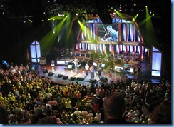 9897 Nashville, Tennessee - Grand Ole Opry radio show - Josh Turner & accompaniment