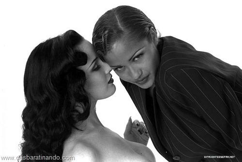dita von teese linda sensual sexy sedutora desbaratinando (78)