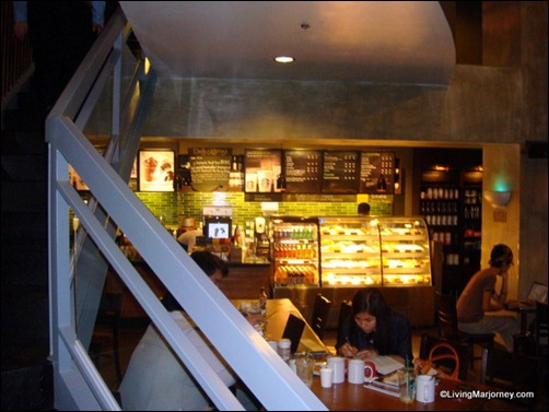 Starbucks One Rockwell  -Variety of seats