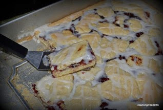 Huckleberry Pie Bars