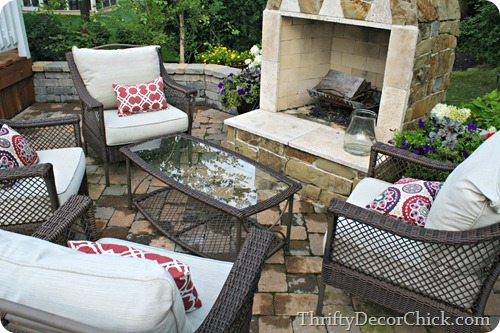 outdoor fireplace seating
