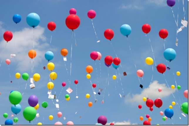 balloons-in-sky