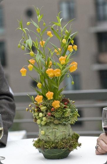 sandersonia-in-artichoke-Ecotrust-Françoise-Weeks