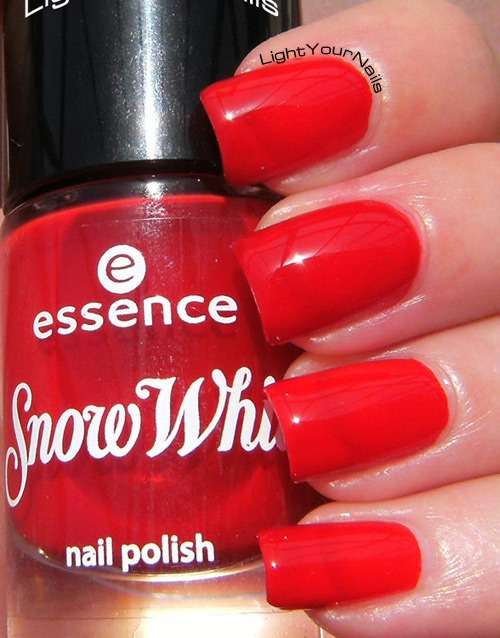 Essence Snow White