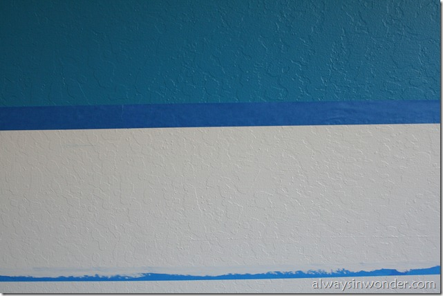 Painting_stripes_on_a_wall (16)