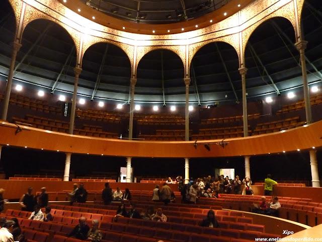 Interior-teatro-circo-Albacete.JPG
