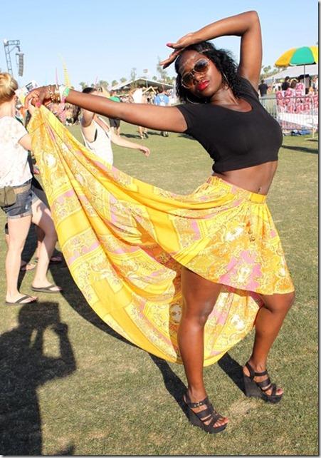 2012 Coachella Music Festival Day 3 KpXEft7REiwl