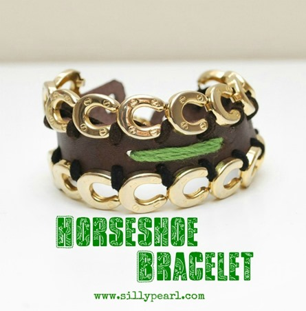 St Patrick's Day Horseshoe Bracelet by The Silly Pearl