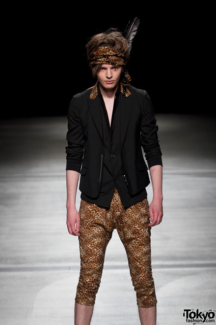 HEADL_INER 2012 Spring-Summer 02
