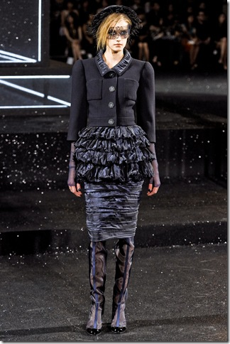 Chanel Fall 2011 (nay) 10