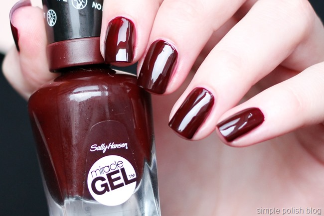 Sally-Hansen-Miracle-Gel-Wine-Stock-2