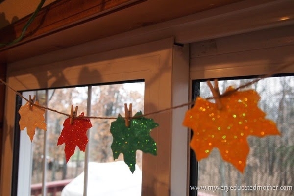 Hangtodry #ornaments #glitter #crafts #kidscrafts