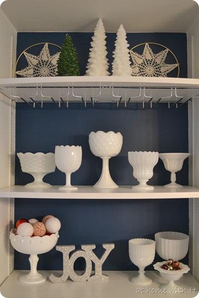 diningroom_shelves_athomewithh