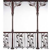Kolumnada aluminiowa w stylu nouveau. Dla całego systemu oferujemy projekt, konstrukcję oraz montaż.