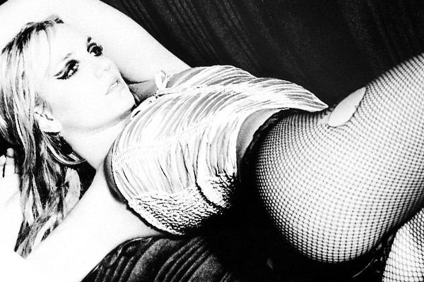 Britney-Spears-Photoshoot