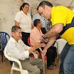 Julio Quintero, de 82 años, recibió un caminador con el que podrá movilizarse con facilidad