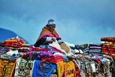 Imagini Peru: Localnica din Peru la Colca Canyon