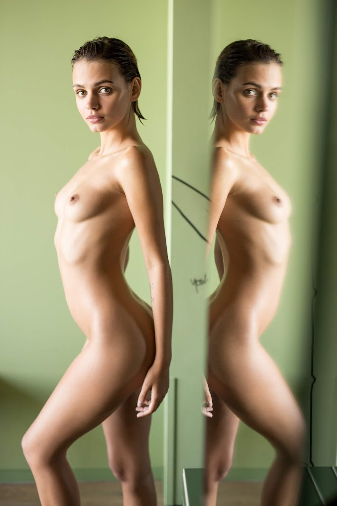 [Playboy Plus] Ariel - Sleek And Sexy - Girlsdelta