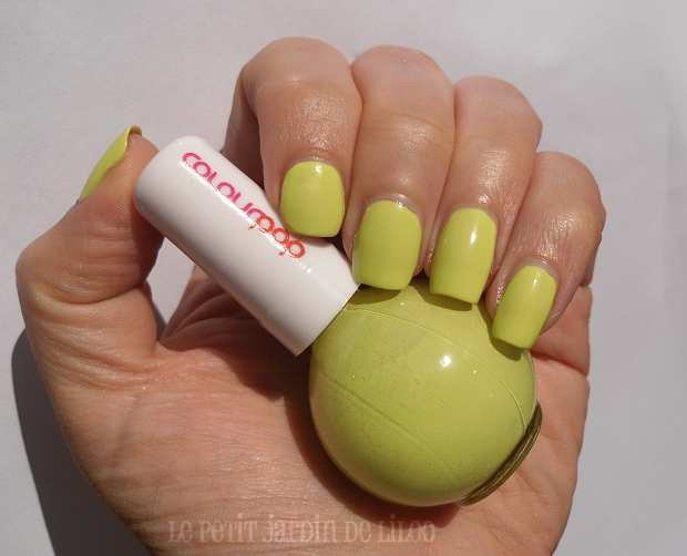 10-newlook-colour-pop-collection-nail-polishes-yellow-pistachio-review