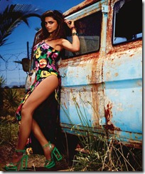 deepika-padukone-latest-photoshoot-for-vogue-magazine-june-2012-08