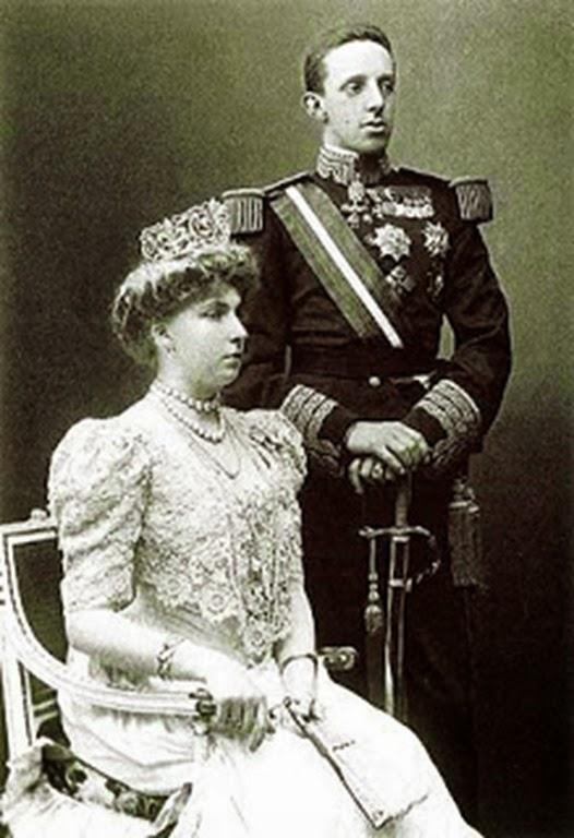 reyesalfonso-xiii-con-victoria-eugenia-de-battenberg