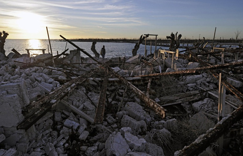Villa Epecuen: The Town That Was - 132.0KB