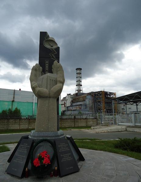 MONUMENTO y CENTRAL_Asociación_Chernobil