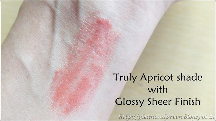 Avon Glazewear Lipstick Swatch