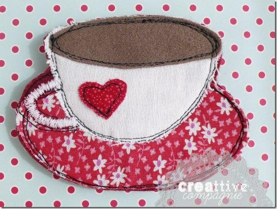 creattivecompagnie - spilla tazza feltro stoffa (1)