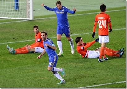 Chelsea-Monterrey-Mata-Toru-YamanakaAFP_LANIMA20121213_0063_47