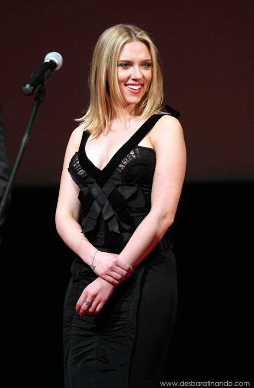 scarlett-johansson-linda-sensual-sexy-sexdutora-tits-boobs-boob-peitos-desbaratinando-sexta-proibida (937)