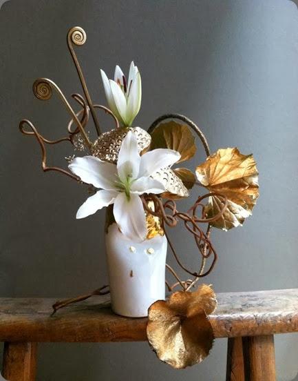 lilies florisity 482044_472441789434794_60101573_n
