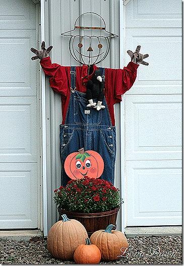 Scarecrow_2011