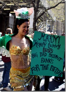 money-bunny-nyc-easter-parade-2012